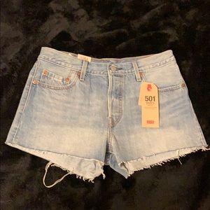 LEVI'S 501 Shorts - Mid Rise